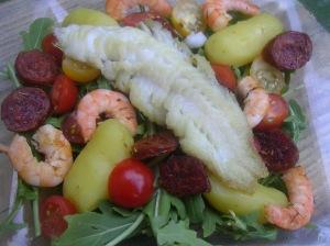 Salade de chorizo crevettes et cabillaud